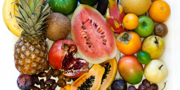 5 tropische Frucht-Cocktails gegen Schwielen, Hühneraugen und Co.