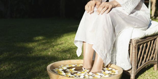 Fußbad gegen Fußschweiß
