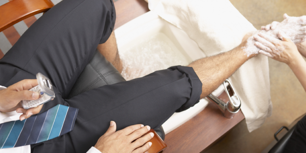 Männerfüße pflegen